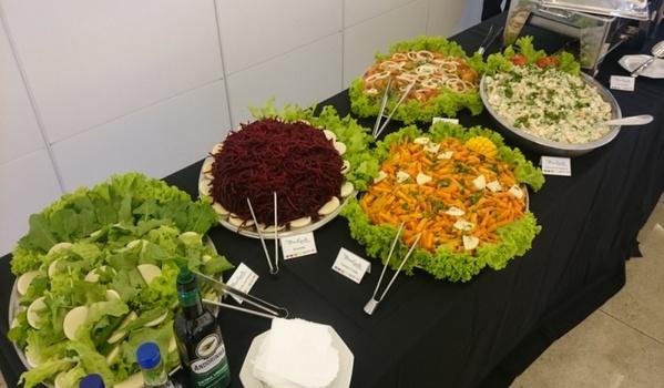 Buffets de Almoço para Empresas Núcleo Residencial São Luiz - Buffet para Coquetel Empresarial